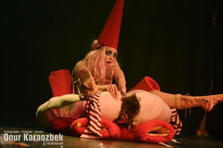 Spielufchs Burlesque Theatre 3