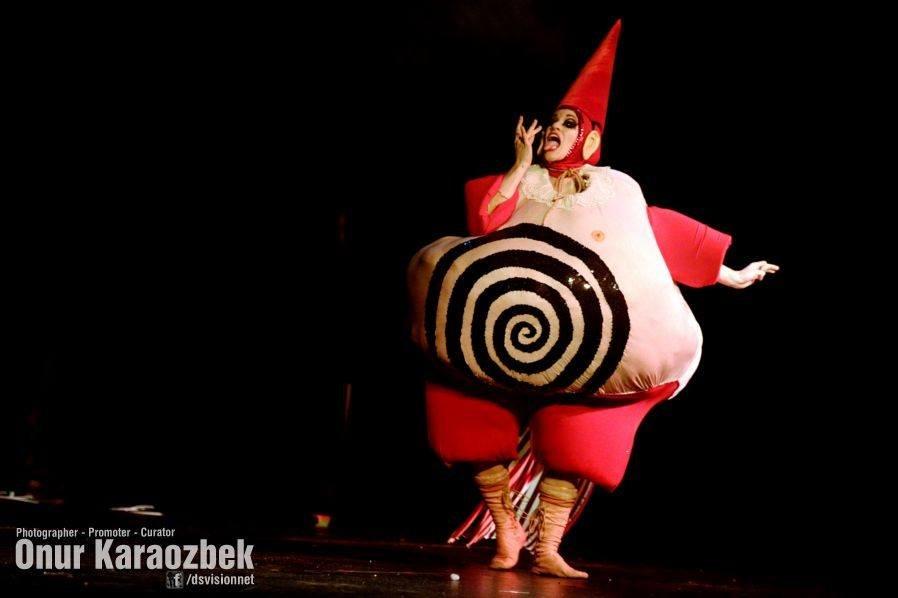 Spielufchs Ubu Roi Theatre 3