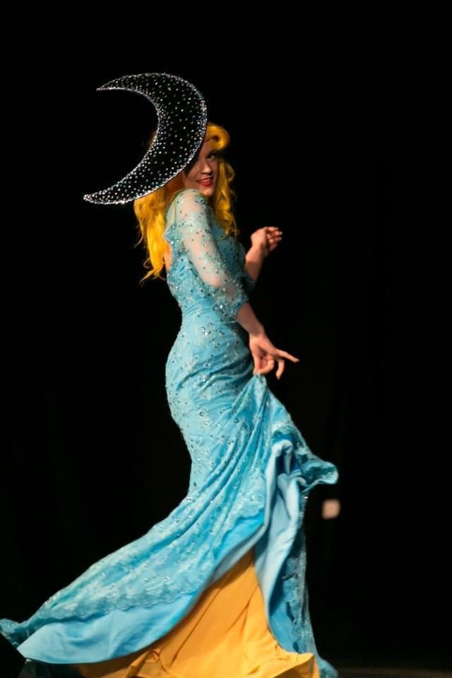 Spielufuchs Moon Princess Gown 2